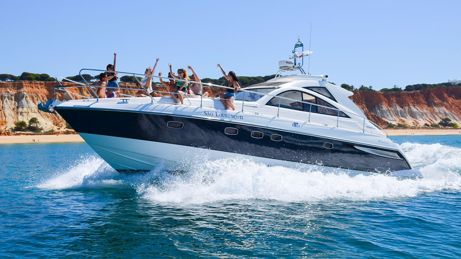 Luxury Boat Hire Vilamoura